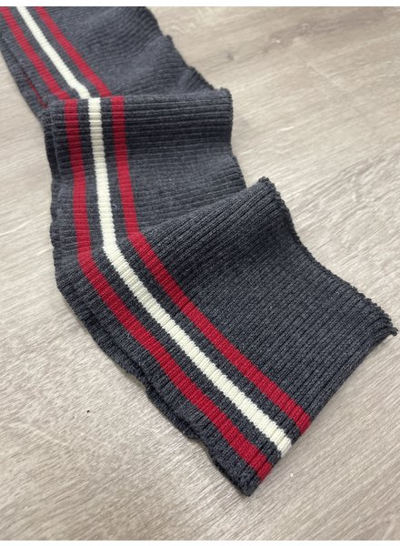 204  - package of 5 meter creme, grey and red striped 8 cm height