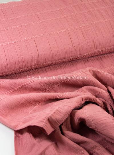 roze - katoen met geborduurde lijnen