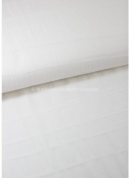 wit - katoen met geborduurde lijnen