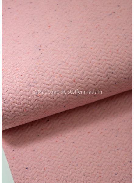 chevron quilt roze