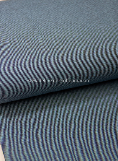 blauw dunne streepjes - tricot