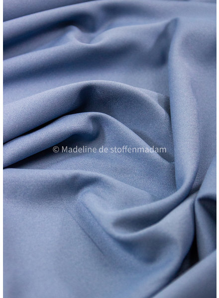 M sky blue -summer viscose crepe with 3% elasthan