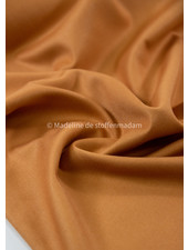 Noelle - amandel soepelvallende stof - geen kreuk - bamboe