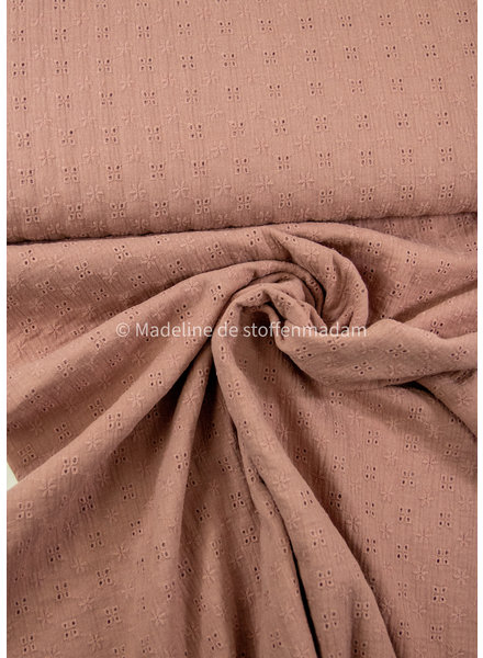 dusty pink - soft embroidery cotton