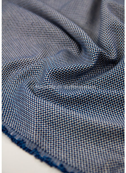 M navy dobby square  - supple and soft canvas fabric- dobby square