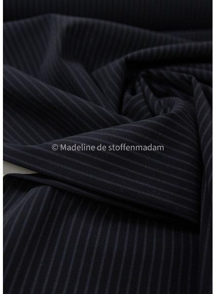 M zwart met subtiele streep - Italiaanse lycra