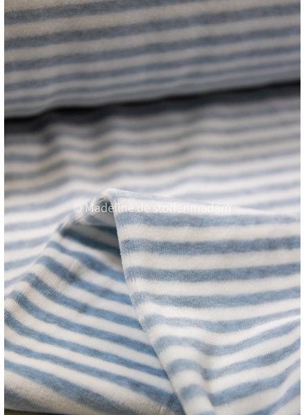 M dusty blue gestreept - nicky velours
