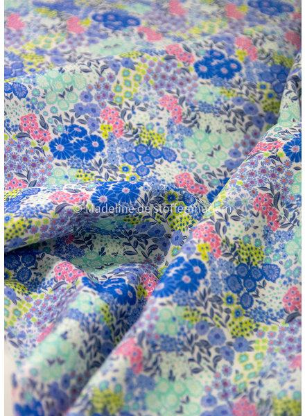 M blauw bloemetjes - cotton lawn