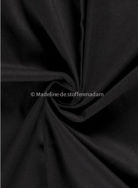 M black canvas