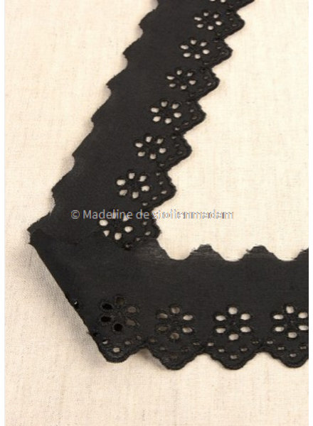 M black - flower pattern embroidery 50 mm  - 1 row