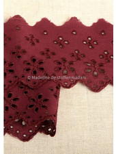 M burgundy - flower pattern embroidery 63 mm  - 2 rows