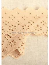 M mokka - flower pattern embroidery 63 mm  - 2 rows