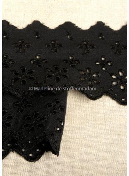 M zwart - broderie lint 63 mm - dubbele rij bloemetjes