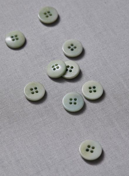 Meet Milk soft mint - plain corozo button - 15 mm