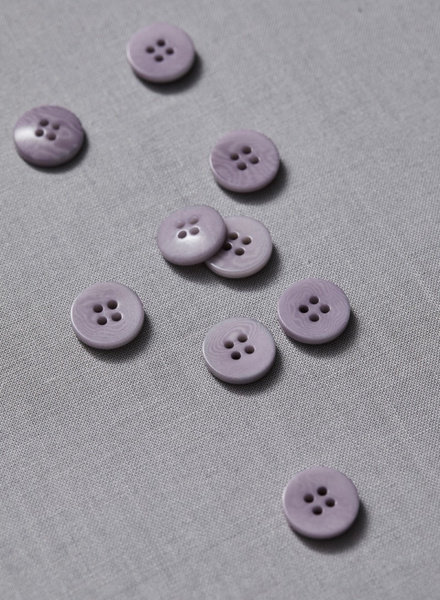 Meet Milk purple haze - plain corozo button - 15 mm