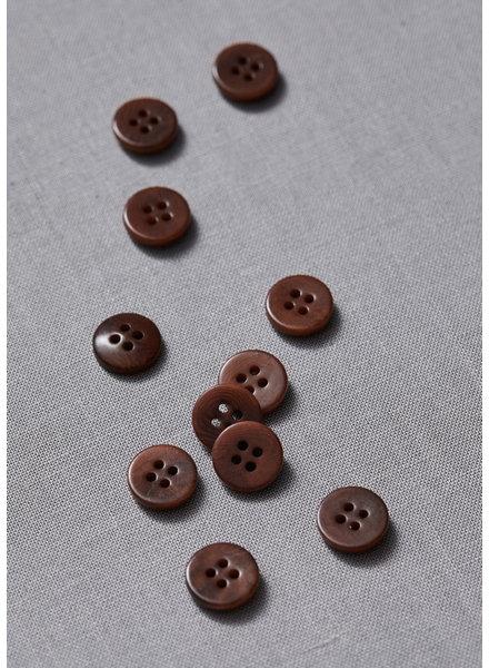 Meet Milk pecan - plain corozo button - 11 mm