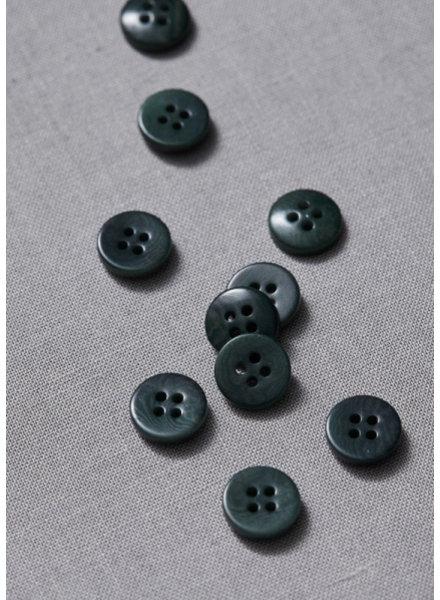 Meet Milk emerald - plain corozo button - 11 mm