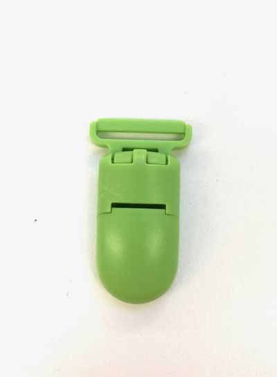 green soother clip