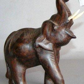 Elefant aus Ostindisch Palisander, 150 mm