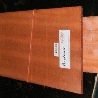 Padouk, african Padouk, Guitar bottoms and sides 550x215x4,5/825x125x4 mm, air dried, 2010