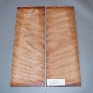 Redwood Böden, 1. Wahl, ca. 550 x 200 x 4 mm, spiegelbildlich, Einschnitt 2009