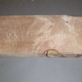 Soft Maple quilted guitar body approx. 560 x 210 x 55 mm, 3,7 kg