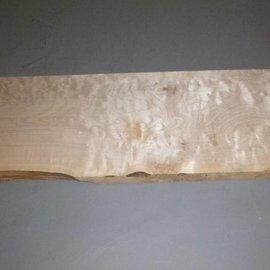 Soft Maple - amerikanischer Spitzahorn - quilted Gitarrenbody ca. 570 x 200 x 45 mm, 2,7 kg
