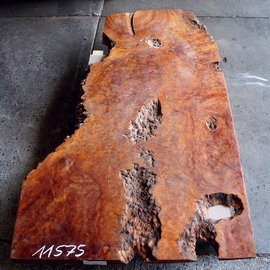 Kampfer Tischplatte, ca. 1800 x 850 x 10-40 mm, 63 kg, 11575