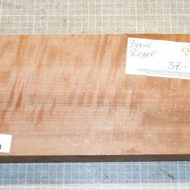 Pearwood, fiddleback, approx. 300 x 150 x 70 mm, 2,7 kg