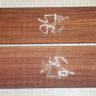 East indian rosewood, guitar sides, approx. 800 x 110 x 4 mm, ca. 0,8 kg