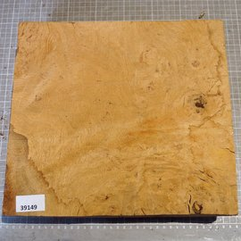 Oak burl, approx. 300 x 280 x 80/35 mm, 4,1 kg