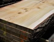 Tischplatten und Schnittholz