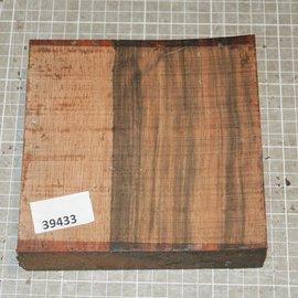 Macassar Ebony, approx. 156 x 152 x 44 mm, 0,9 kg