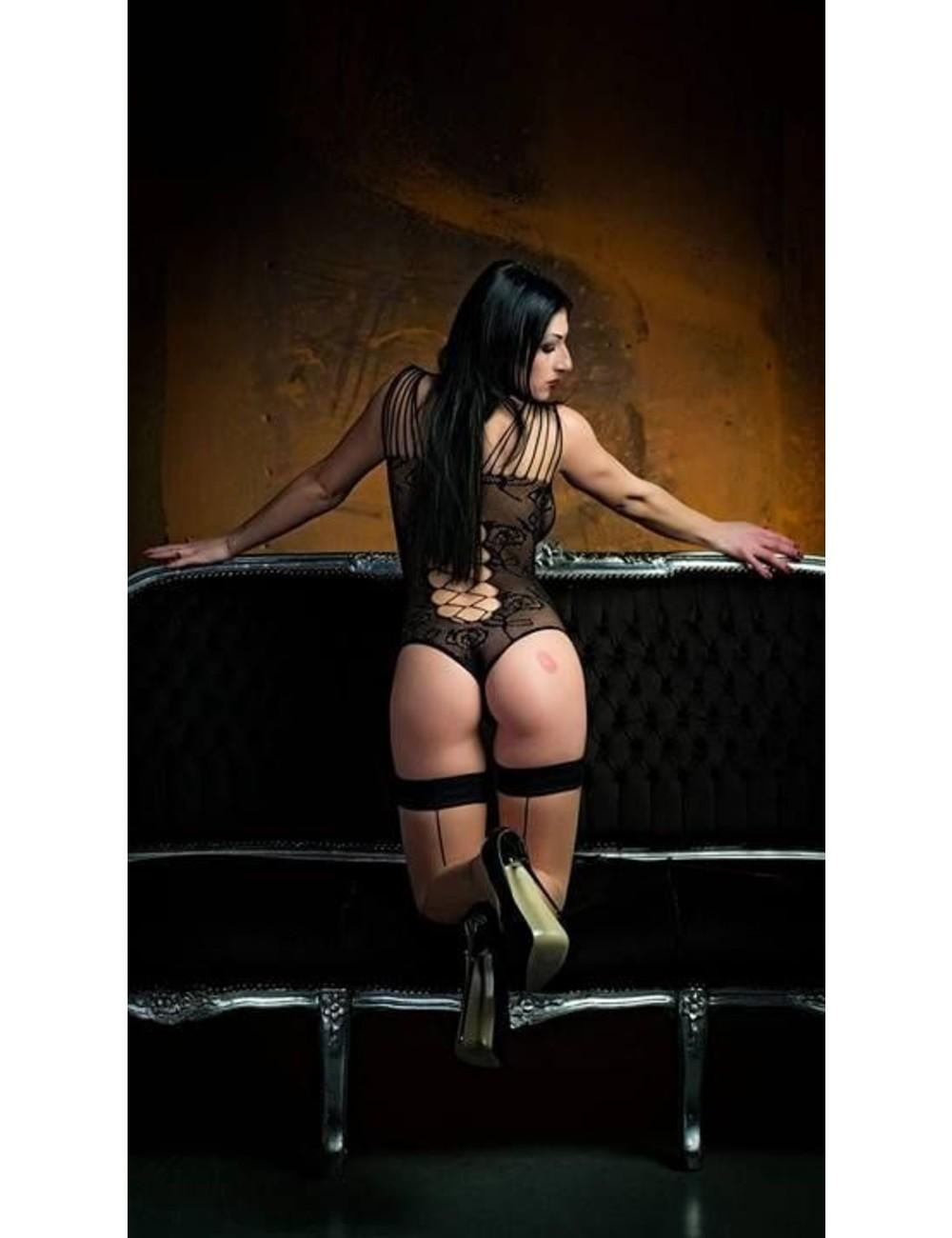 Giaro Mistress Anita Divina in gold heeled HERO's