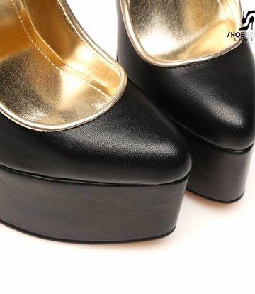 Giaro Black Giaro ultra Fetish platform pumps with gold heels