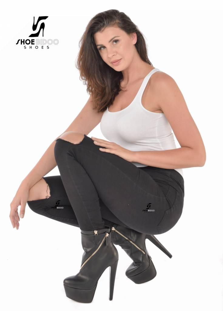 Giaro Zwart  platform enkelaarsjes met hoge dikke hakken  en ritsen