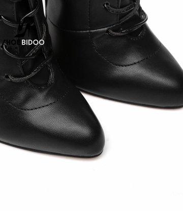 Giaro Zwarte enkellaarzen met ultra hoge hakken in zilverkleur en vetersluiting