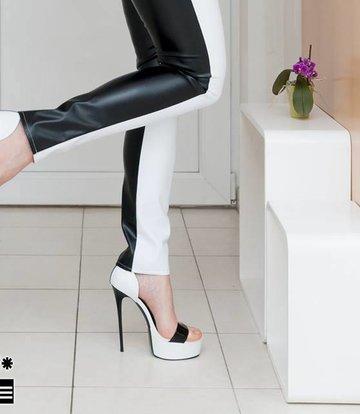 Giaro Miss Adrienne in Giaro Sandals