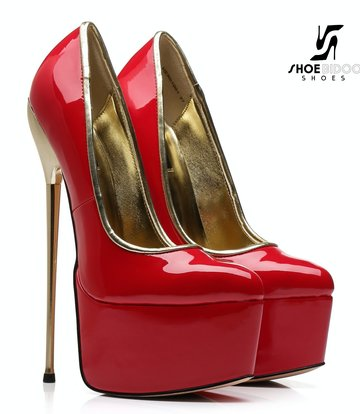 SLICK Rode lak platform pumps met ultra hoge goud metalen hakken