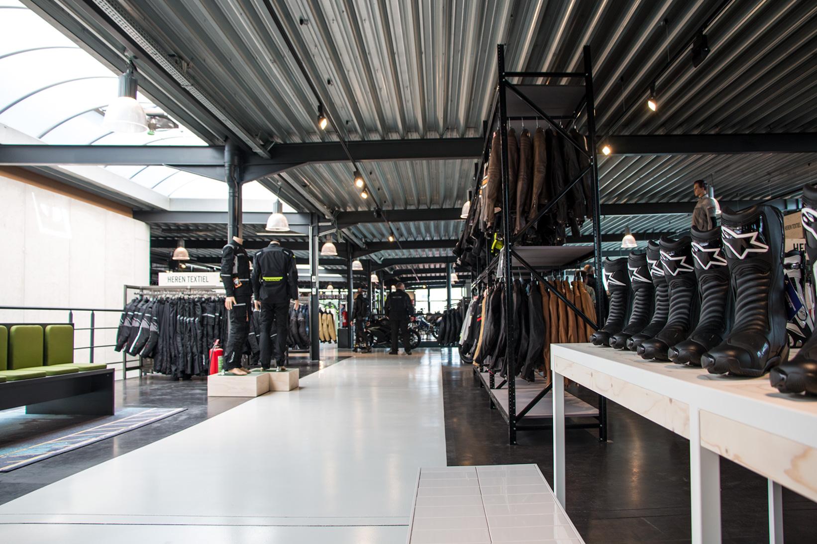 Nog een impressie van Motorkledingcenter Zemst store afbeelding nummer 1