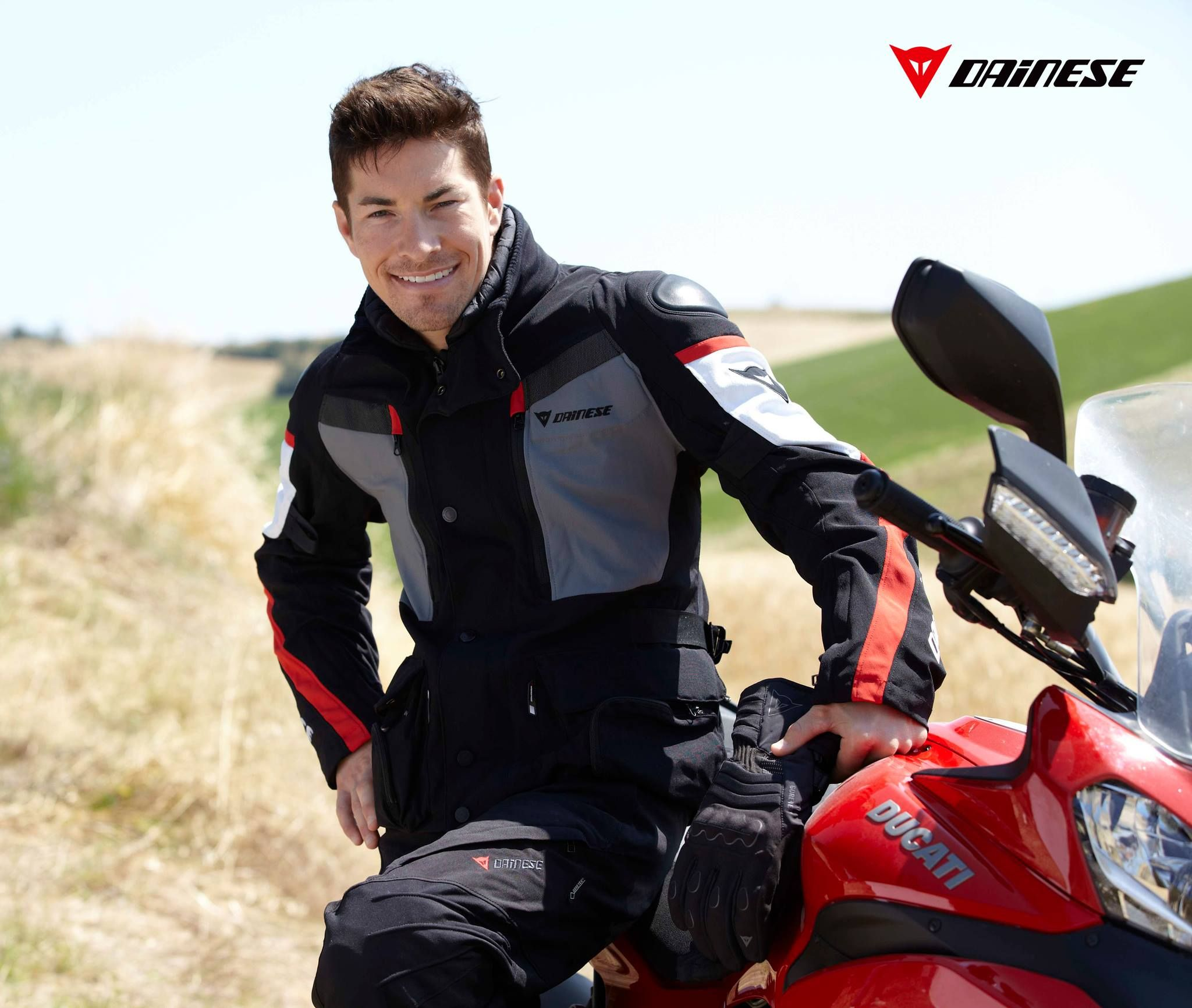 Dainese Händler Motorradbekleidung und Motorradstiefel