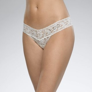 "Hanky Panky Low Rise Thong 6510 ""I Do"" Ivory"