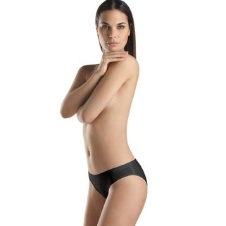 Hanro Slip Perfectly Nude 071431 black