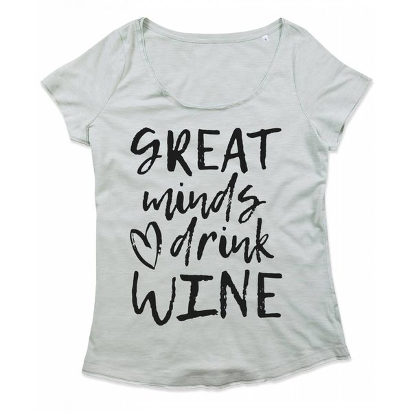 Great minds love drink wine