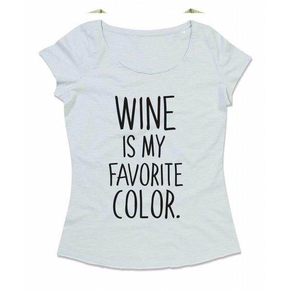 T-shirt met print: Wine is my favorite color.