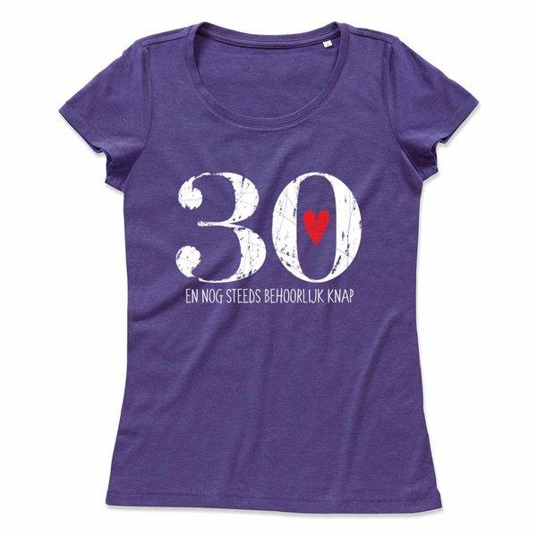 Ladies T-shirt met print: 30 en nog steeds behoorlijk knap
