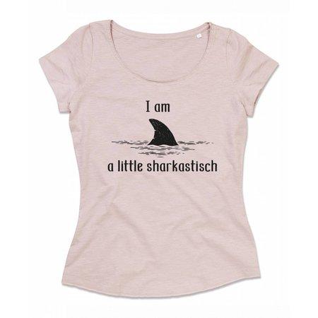 i am a little sharkastisch