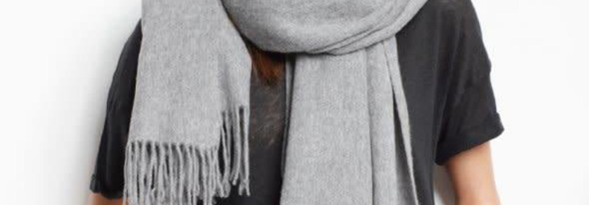Nia Scarf Grey Melange