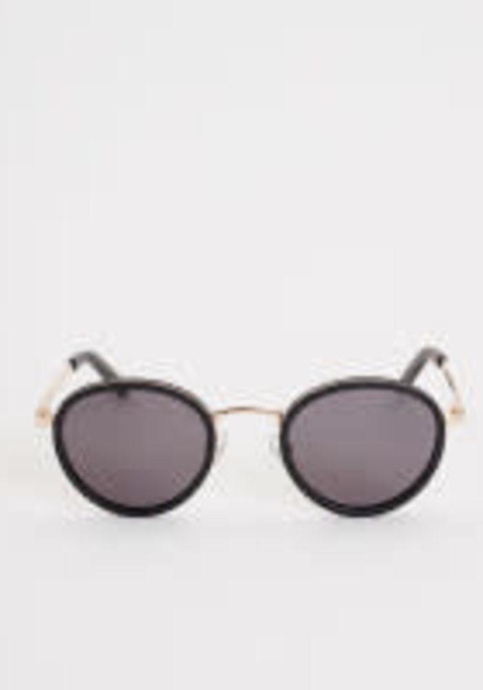 Macau Black Gold Sunglasses