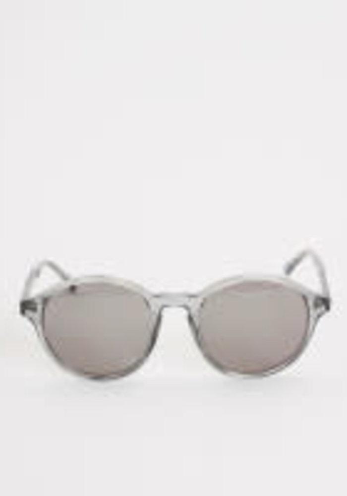 Tulum Smoke Transparent Sunglasses